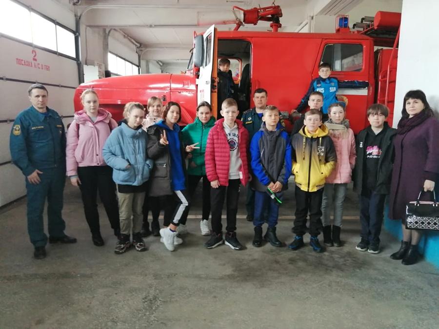 В акции «Останови огонь» активно участвуют волонтеры