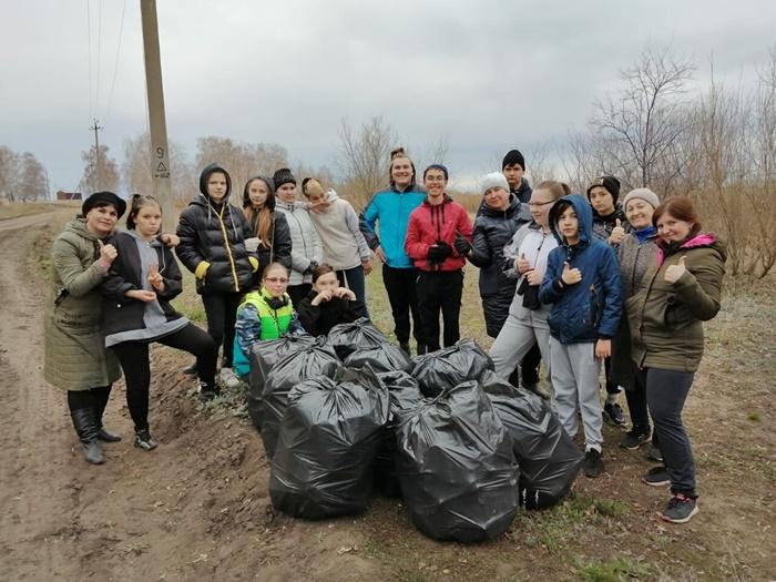 Подовинновцы присоединились к акции «Чистый берег»