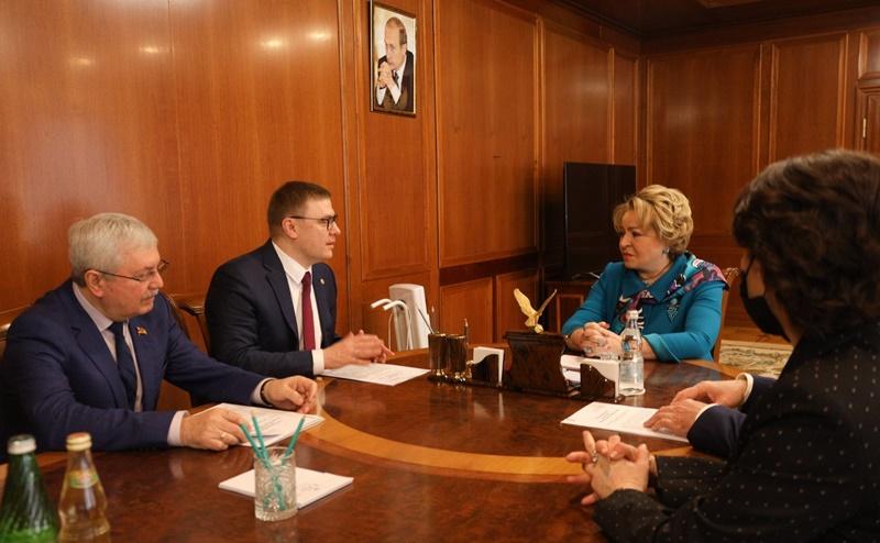 Валентина Матвиенко провела рабочую встречу с Алексеем Текслером и Владимиром Мякушем