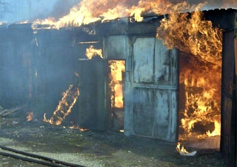 Сентябрь завершился двумя пожарами